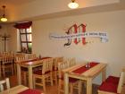 Salonek-v-restauraci-Mandava